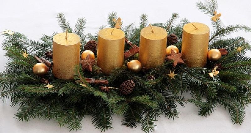 Новорічне та різдвяне оформлення свічок
